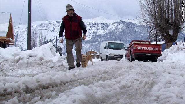 On the Radar: Snow in Chile, 15 missing boaters, NFL labor talks