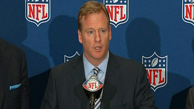 NFL owners vote to end lockout