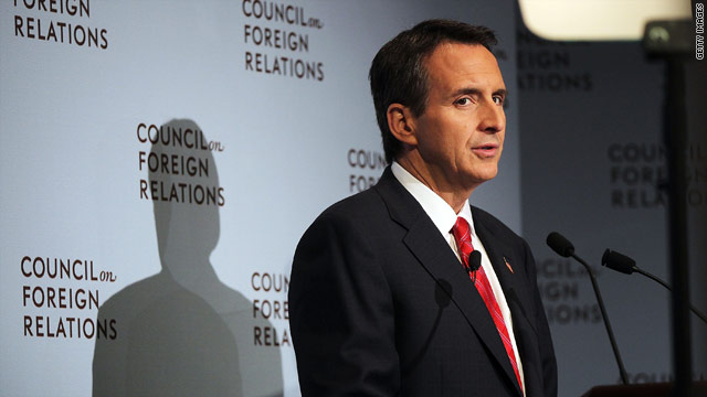 Pawlenty calls out opponents' lack of 'executive experience'