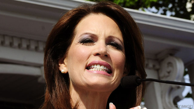 Bachmann links Pawlenty to Obama