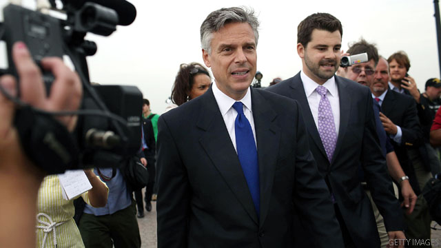 Huntsman backs Boehner plan, hits GOP candidates