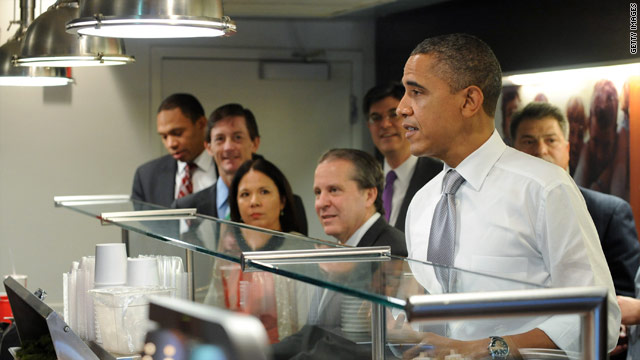 President Obama treats staff to lunch