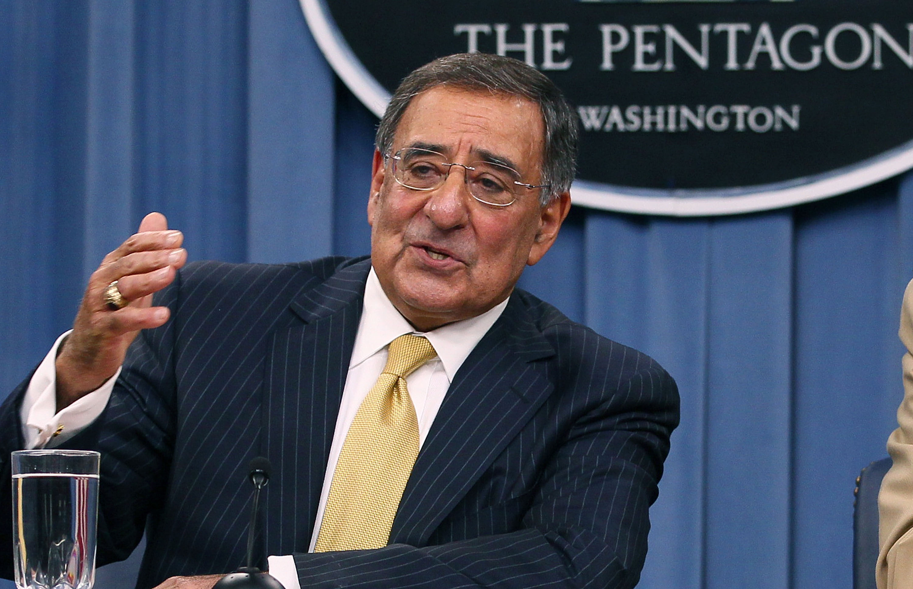 Panetta vows to fight to protect DoD from damaging cuts
