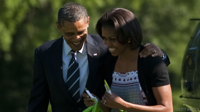 Michelle Obama fundraises off husband's 'gray hairs'