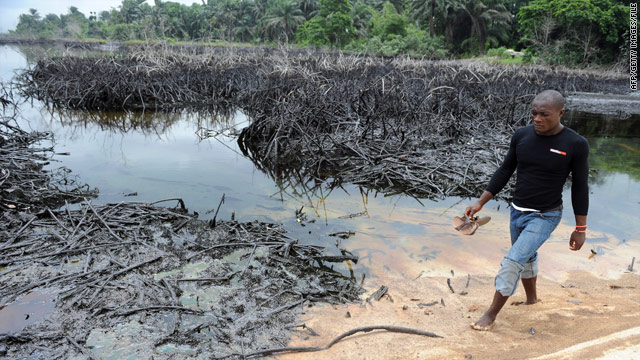 U.N. report: Nigeria oil cleanup could take 30 years, cost $1 billion
