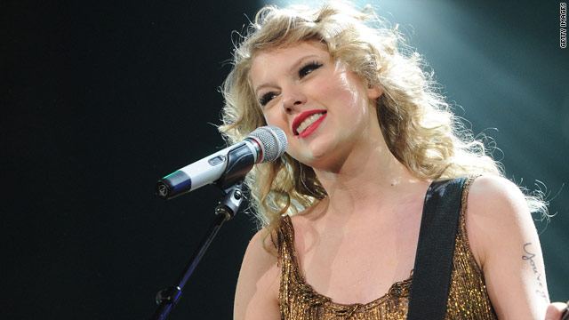 Taylor Swift covers Eminem's 'Lose Yourself'