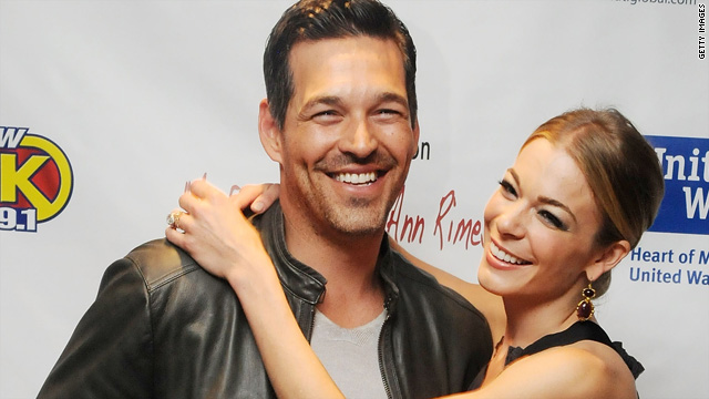 LeAnn Rimes trying out marriage tattoo