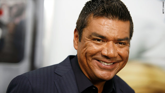 George Lopez thanks Sandra Bullock on last show