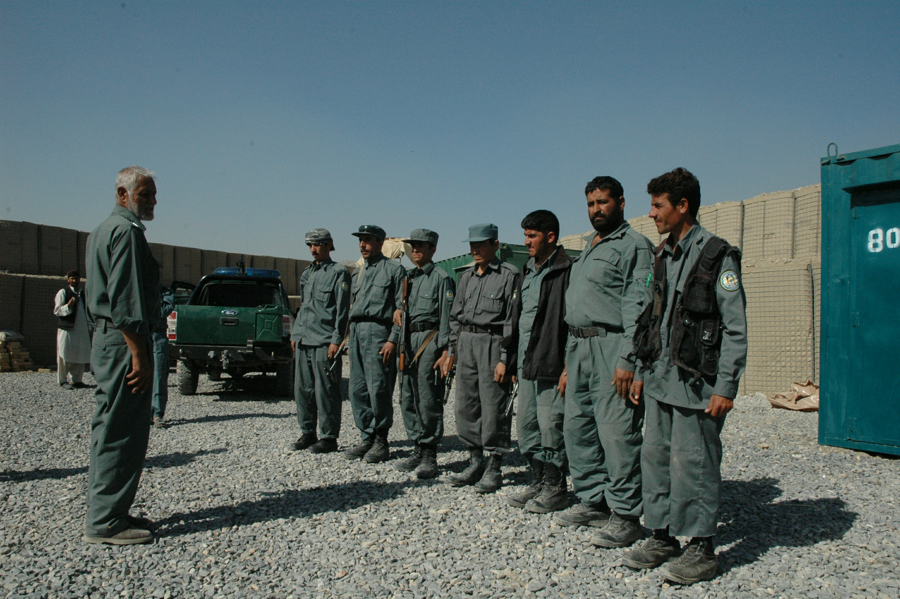 More problems with Afghan police training