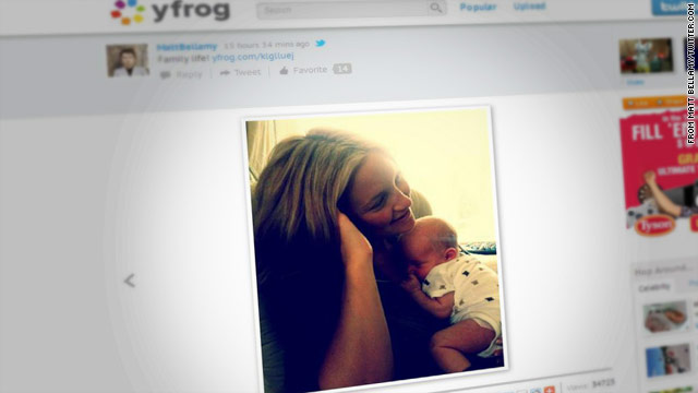 First photo of Kate Hudson with baby Bingham