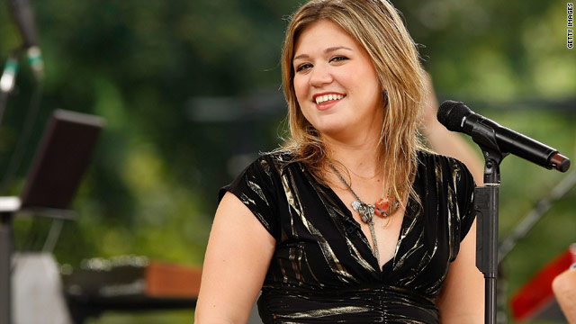 Kelly Clarkson's new album drops October 25