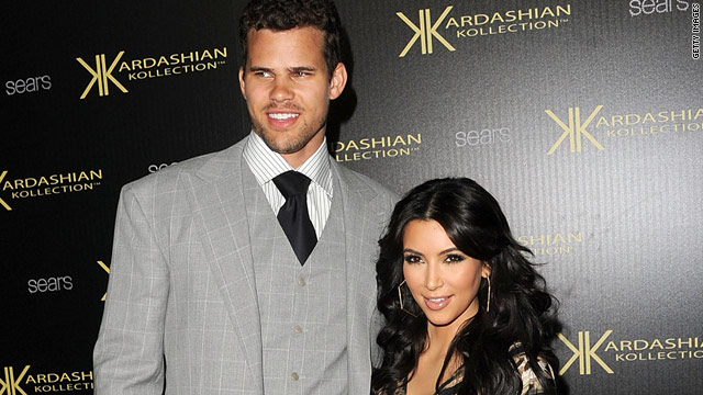 Kardashian wedding frenzy on 'Showbiz Tonight'