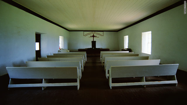 Less-educated Americans are losing religion, study finds