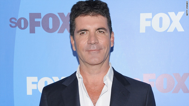 Simon Cowell: I&#039;ve thought about hooking up with Paula
