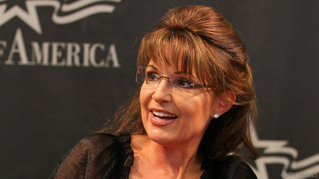 Palin meets diehard supporters on eve of big speech