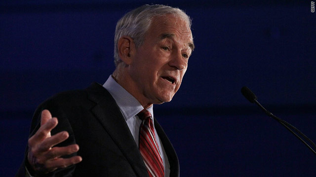 Low-key Ron Paul keeps it brief at New Hampshire golf event