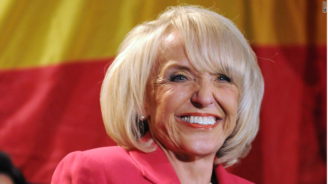 Brewer keeps Arizona primary as is