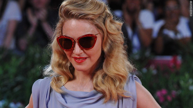 Madonna publicly thanks ex-husbands
