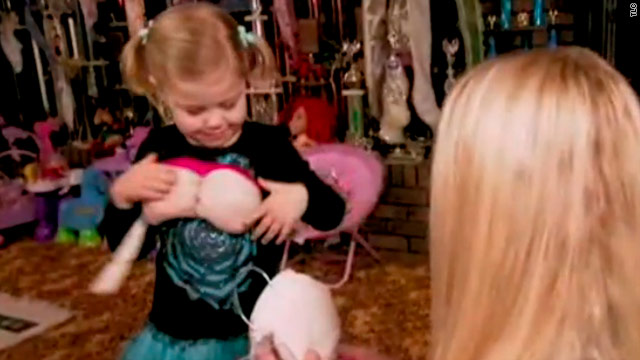 Toddler does Dolly: Where's the line between dress-up, hyper-sexualization?