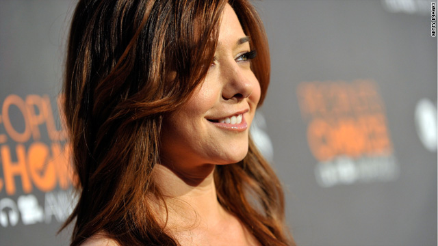 Alyson Hannigan: I'm bloated, not pregnant