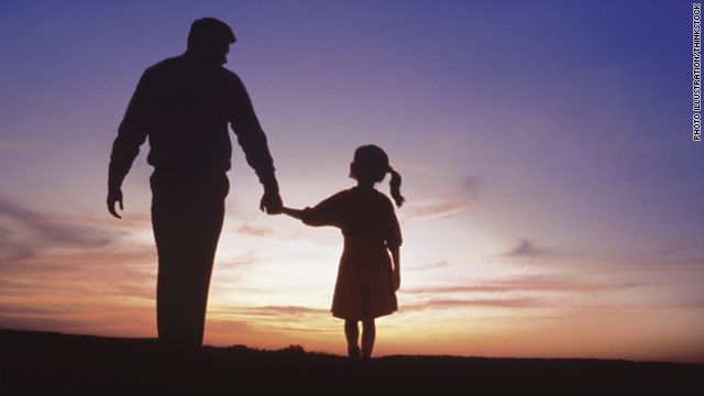 Fatherhood decreases testosterone, may create nurturing fathers