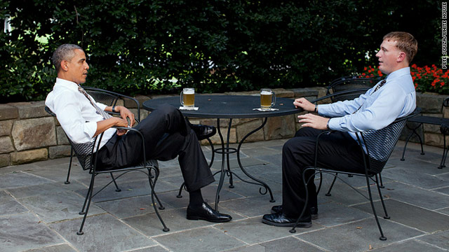 President pauses for beer with Marine