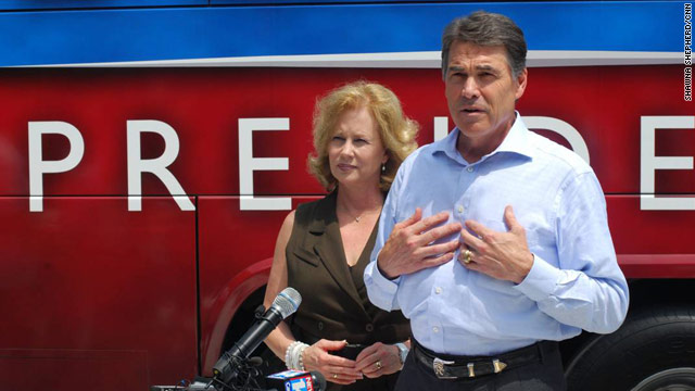 Perry's S.C. campaign moving into old Haley digs