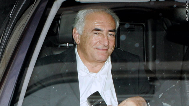 Strauss-Kahn acknowledges 'moral weakness,' denies violence against maid