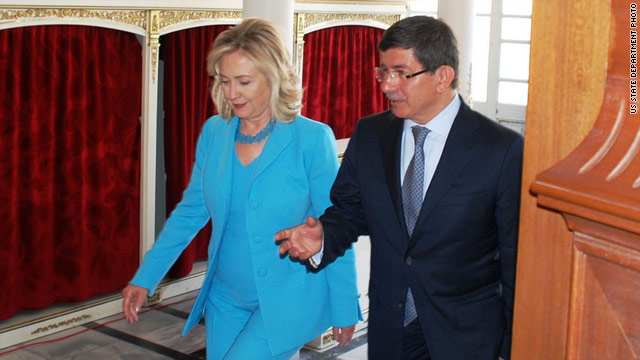 Clinton: Turkey needs to keep open mind about Israel