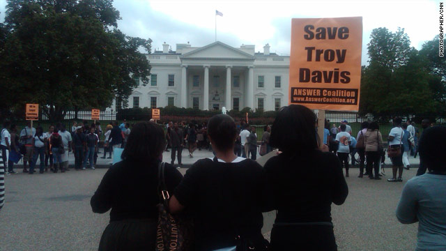 Troy Davis protest outside the White House