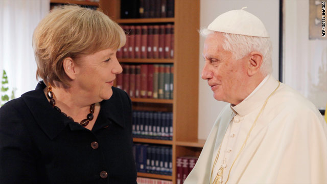 Pope Benedict 'returns home' to Germany
