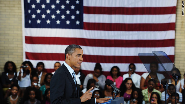 Obama urges college students to graduate in back-to-school speech