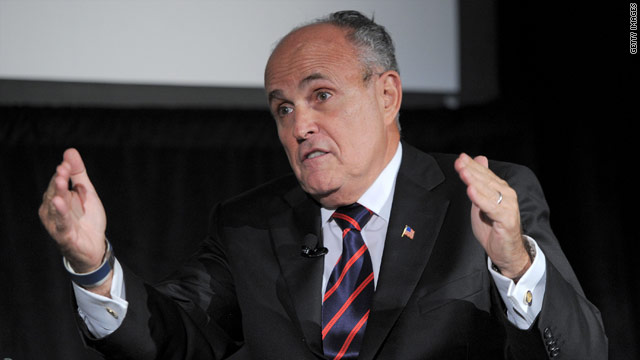 Giuliani still flirting with 2012 bid