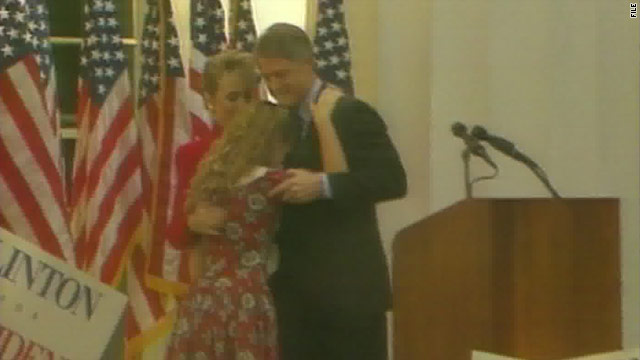 Clintons celebrate big anniversary