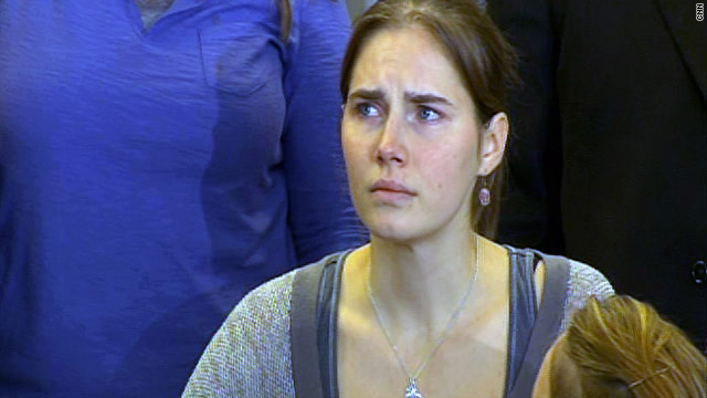 Amanda Knox arrives in Seattle