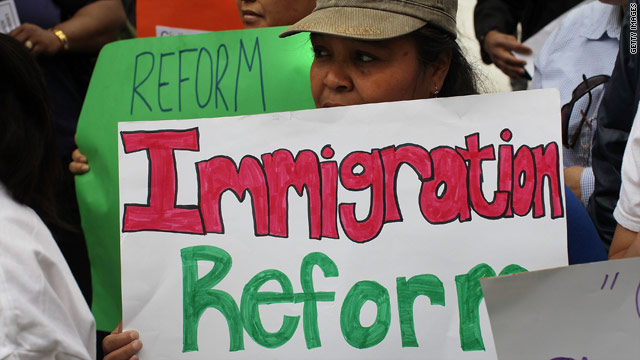 Poll: Americans favor immigration reform proposals