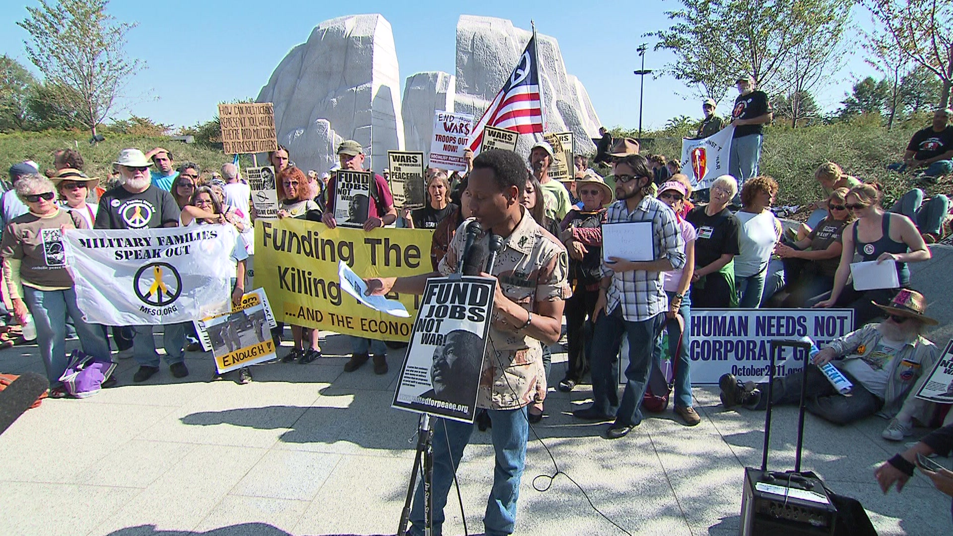 Vets gather at Martin Luther King Jr. Memorial to call for end to 10 years of war