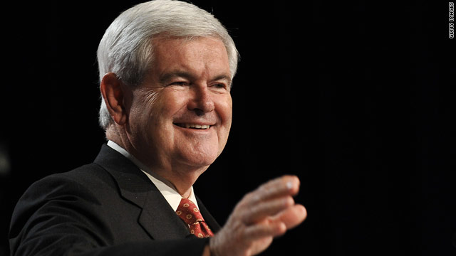 Gingrich talks judiciary, jabs front-runners on polls