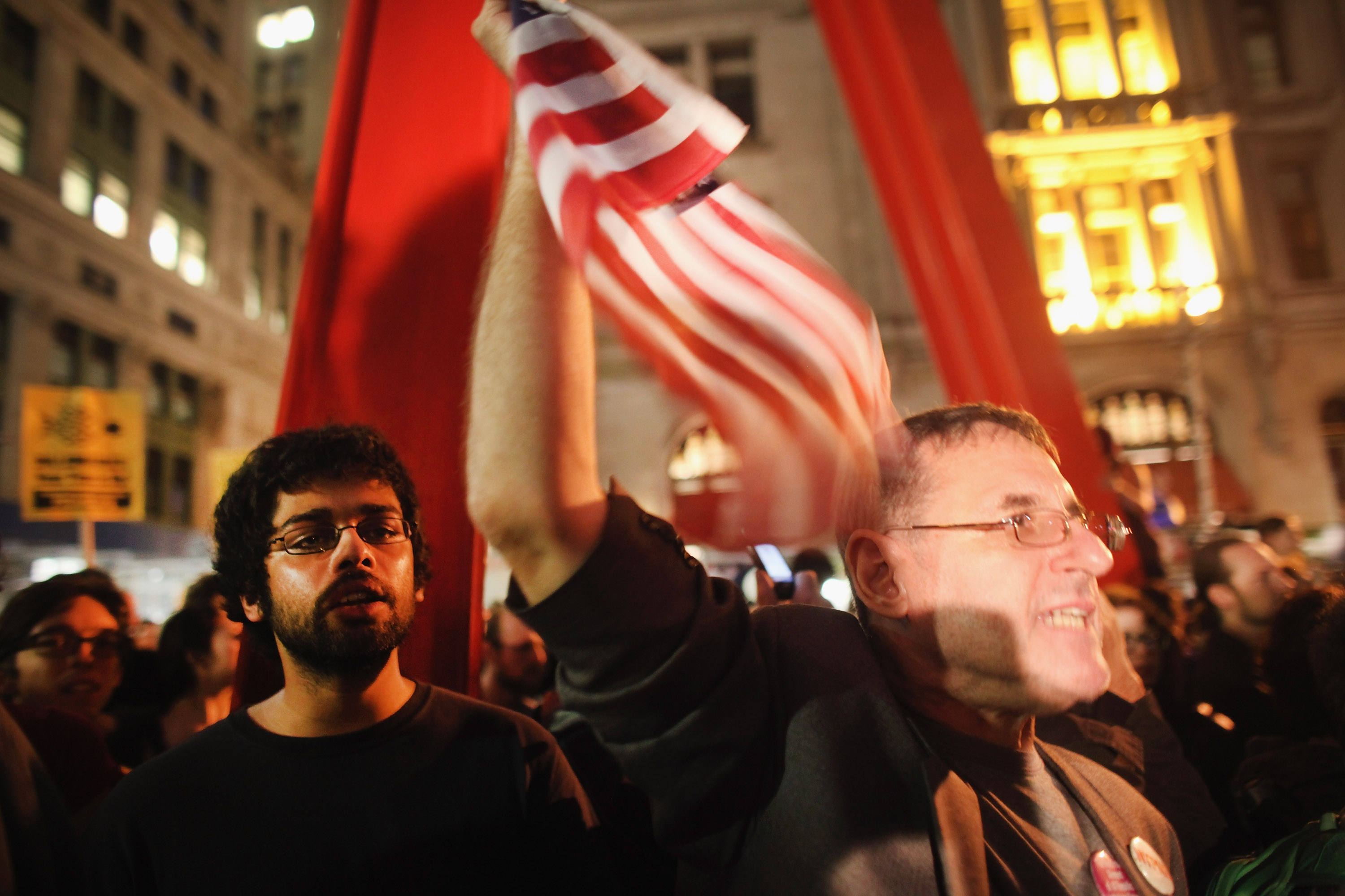 Need to Know News: Occupy Wall Street park cleaning postponed, averts shutdown; Buyers line up for iPhone 4s sale