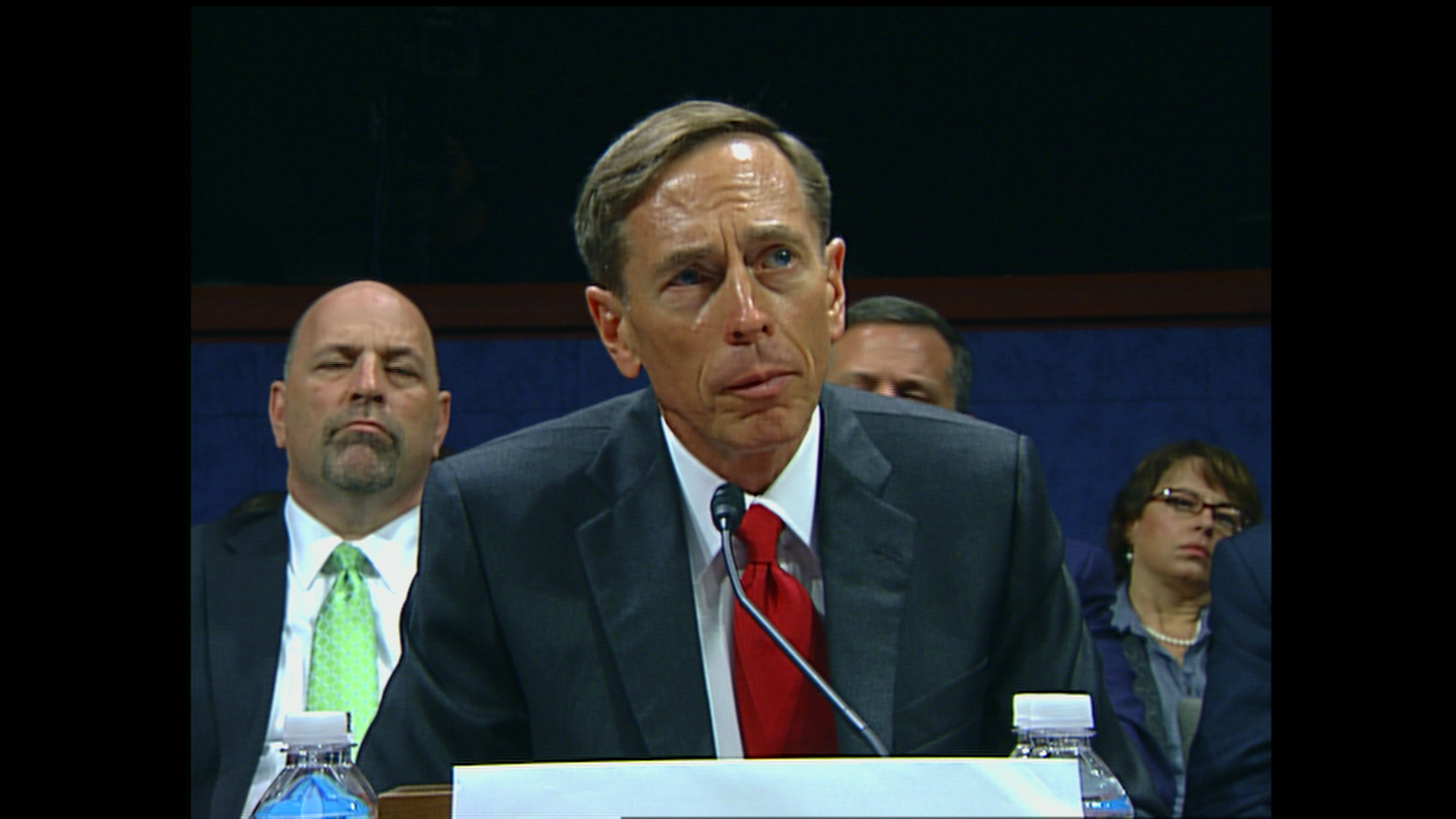 CIA Director Petraeus defends change in war analysis
