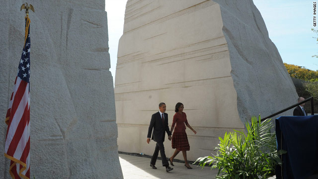 Americans urged to live MLK's ideals at memorial dedication