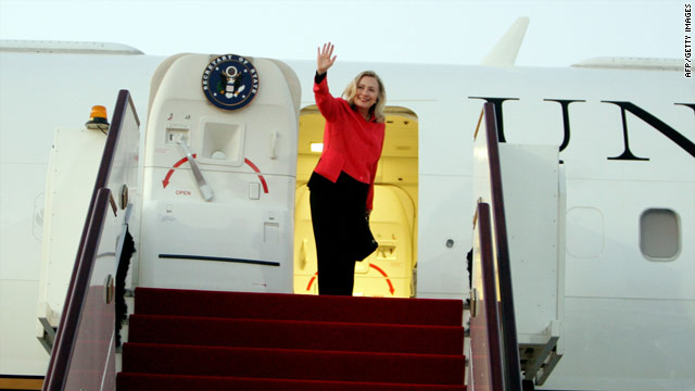 BREAKING: Clinton lands in Kabul