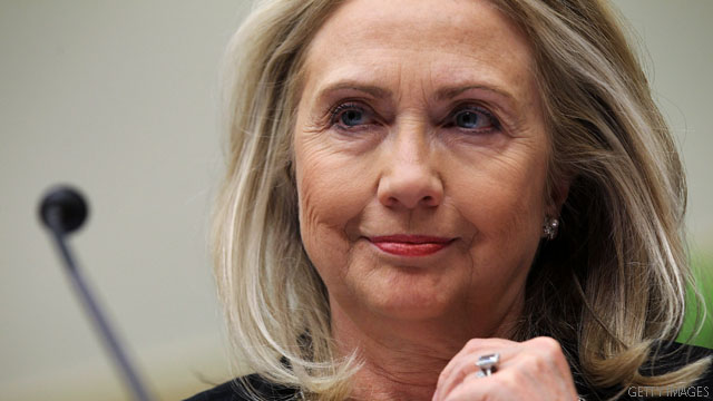 Poll: Clinton's favorable ratings drop