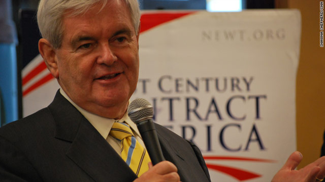Gingrich touts experience over Cains