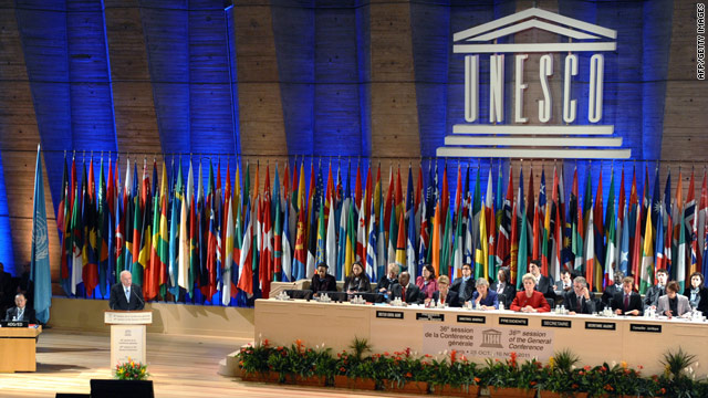 U.S. cuts UNESCO funding after Palestinian membership vote