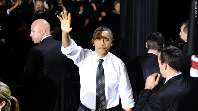 Obama back on the fundraising trail