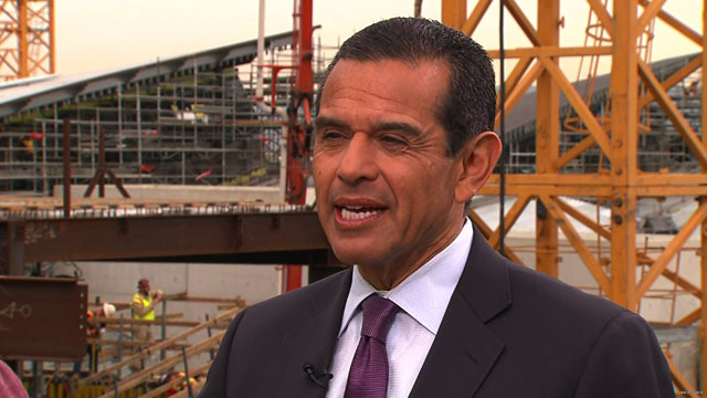 L.A. mayor isn't waiting for Washington