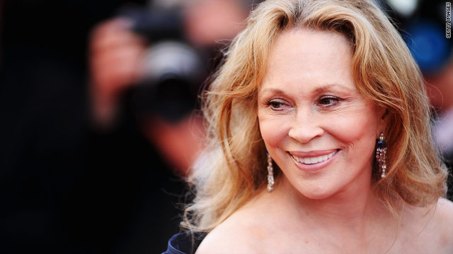 Faye Dunaway gives up rent-controlled NYC apartment