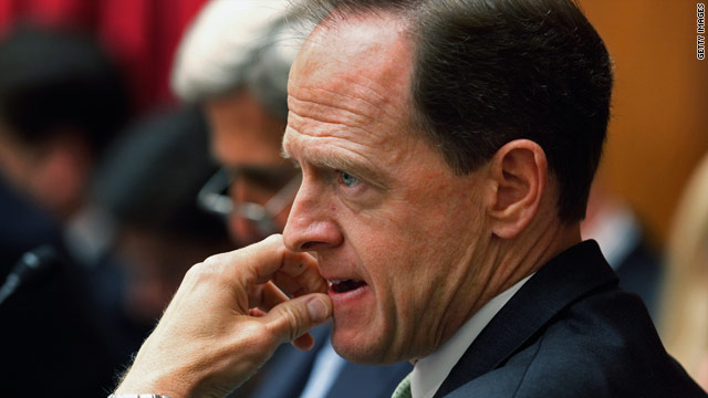Toomey on gun laws: GOP didn't want to be seen helping Obama