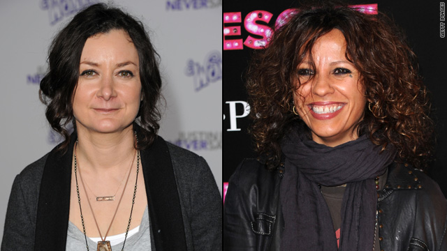 Are Sara Gilbert and Linda Perry dating?